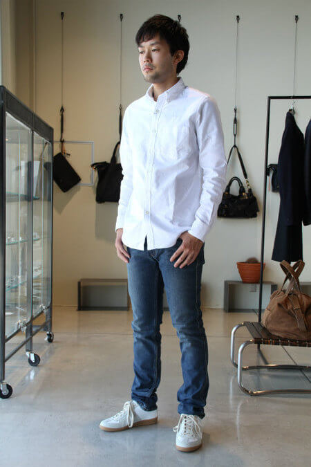 white-shirts coordinate3